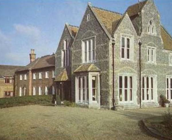 Meopham Court